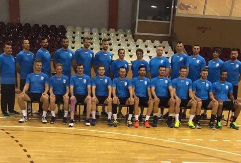 Schimbări importante la CSM Bucureşti! Echipa masculină şi-a redus lotul la 18 handbalişti şi a început pregătirile cu un campion mondial în componenţă