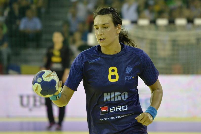 EDIŢIE EVENIMENT PROSPORT LIVE   Cristina Neagu, cea mai bună handbalistă a lumii, şi Bianca Bazaliu, una din cele mai promiţătoare jucătoare ale noului val
