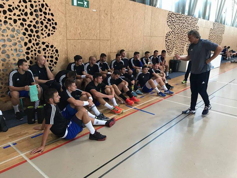 HCDS Constanţa a învins o echipă de Liga Campionilor, Potaissa a spart gheaţa pe piaţa transferurilor, iar HC Odorhei este în discuţii cu un jucător consacrat la Veszprem, trecut şi pe la Minaur. Ultimele noutăţi din tabăra celor 14 echipe de handbal masculin
