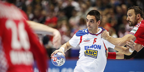 Spectacol la Europenele de handbal pentru băieţi: Croaţia pulverizează Serbia, Islanda bate Suedia, Ungaria şi Cehia pierd la scor   Rezultate şi clasamente