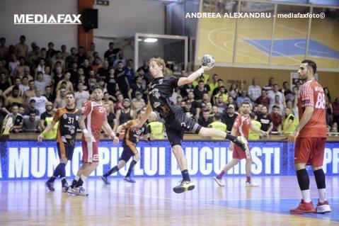 """Partidă de cinci stele în """"Ştefan cel Mare"""": Dinamo şi CSM Bucureşti joacă un meci aproape decisiv pentru poziţionarea în clasament la sfârşitul sezonului regulat"""