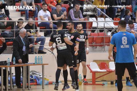 Thriller în Ştefan cel Mare, partea a doua: O echipă terminată după 30 de minute, Dinamo a revenit miraculos în derby-ul cu CSM Bucureşti şi a obţinut 3 puncte mari în Liga Naţională