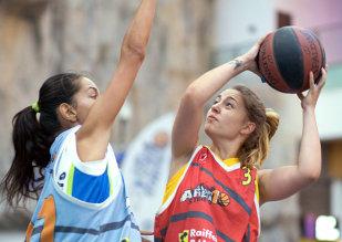 TIMP LIBER | Start la înscrieri pentru primul turneu Sport Arena Streetball 2015. Campionatul baschetului 3x3 scrie istoria sezonului 11