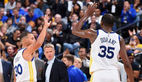 Victorie pentru campioana Golden State Warriors, scor 124-116, cu Philadelphia 76ers. Toate rezultatele înregistrate duminică în NBA