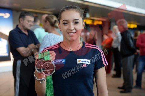 """Larisa Iordache a revenit în ţară: """"Îmi doream mai mult de la mine la Campionatele Mondiale"""""""