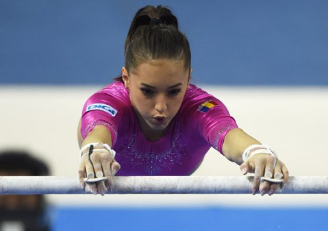 Larisa Iordache nu va participa la Campionatul European. Antrenorii au decis să o menajeze pentru că acuză dureri la glezna stângă