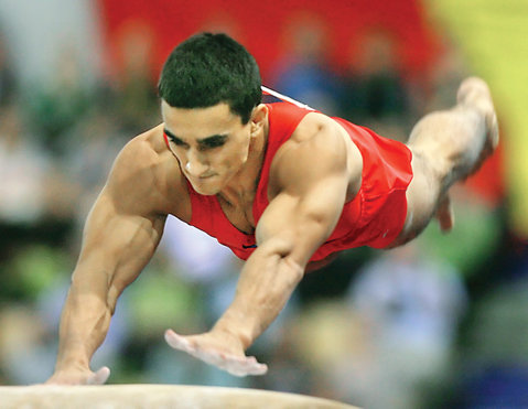 Gimnastică. Băieţii - patru calificări în finalele pe aparate la Europenele de la Berna. Drăgulescu luptă pentru medalii la sol şi sărituri, Berbecar şi Muntean – în ultimul act la paralelele