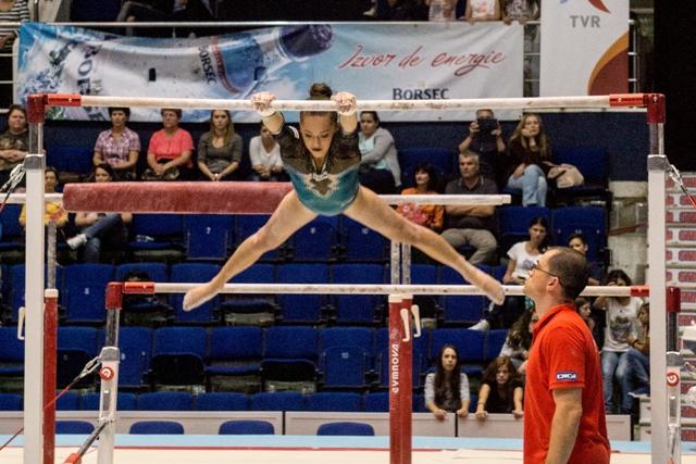 Larisa Iordache – medalie de aur la Cupa Mondială de la Koper, în finala de la paralele