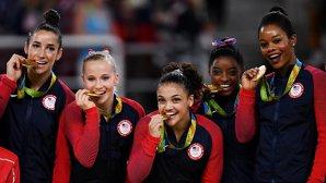 Abuzurile sexuale din lotul Statelor Unite | A doua gimnastă americană medaliată cu aur la Rio rupe tăcerea şi vorbeşte despre ororile îndurate