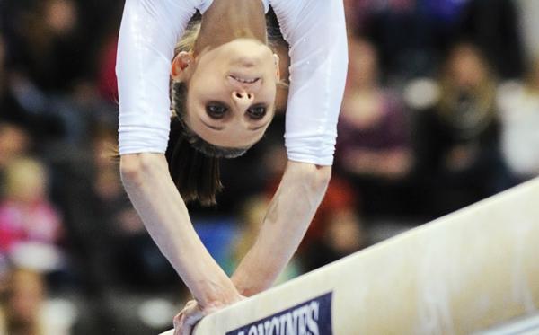 România, la un salt de bronzul mondial la gimnastică