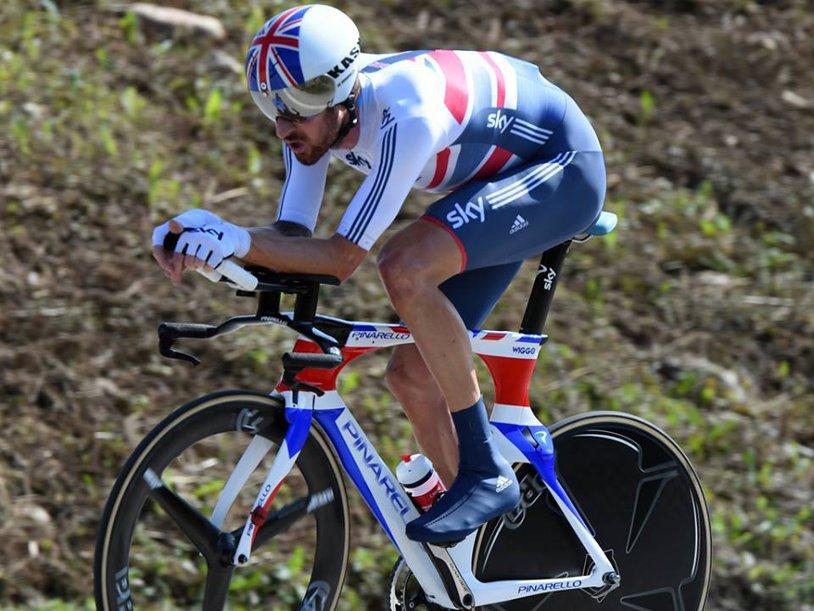 """Fenomenul """"Lance Armstrong"""" în varianta Team Sky? Echipa britanică, acuzată că a """"driblat"""" regulile anti-doping sub pretextul tratării unor stări medicale. Succesul lui Wiggins din Turul Franţei în 2012, pus la îndoială"""