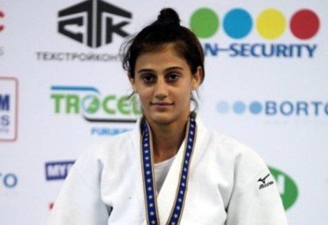 Judoka Larisa Florian, argint la Universiada de la Gwangju. Orădeanca îşi completează colecţia impresionantă cu încă o medalie