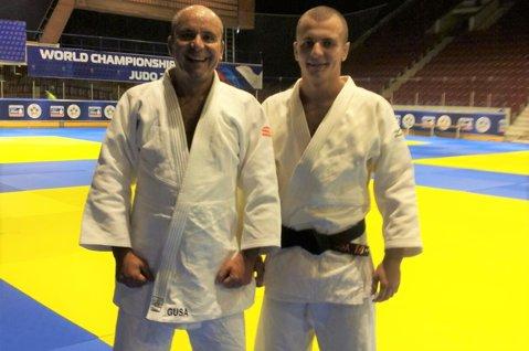 Cozmin Guşă şi Nicolae Traşcă luptă pentru funcţia de preşedinte la FR de Judo. Alegerile au loc luni, de la ora 14:00, la sediul COSR. Alina Dumitru ţinteşte postul de vicepreşedinte