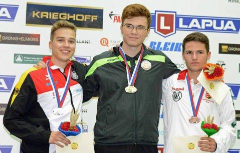 Ieşeanul Dragomir Iordache, vicecampion mondial de juniori la tir în proba de puşcă 60 de focuri - poziţia culcat