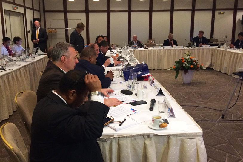 """Nicu Vlad, gazdă pentru elita mondială a halterelor. Comitetul Executiv IWF s-a reunit la Bucureşti pentru a discuta câteva teme """"fierbinţi"""""""