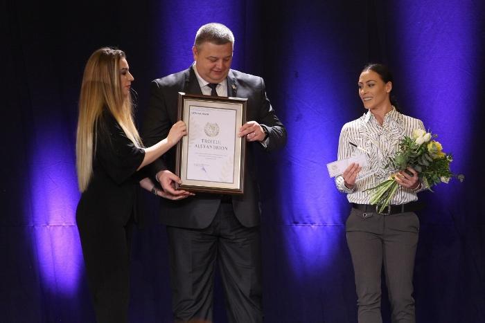 Simona Halep, Cristina Neagu, Horia Tecău, Cătălina Ponor, Gianina Beleagă şi Ionela Lehaci, printre premianţii unei gale cu gust