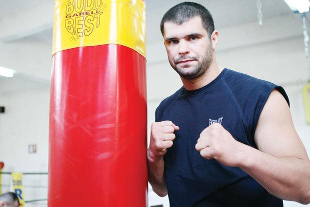 Daniel Ghiţă, omul care s-a bătut cu Schilt, Saki şi Zimmerman, revine în ring după patru ani! Cine îi va fi adversar