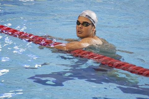 Internaţionalele de înot ale României. Robert Glinţă – record naţional la 100 de metri spate (53,32) şi premiul cel mare de 4.000 de euro pentru cel mai bun rezultat al competiţiei