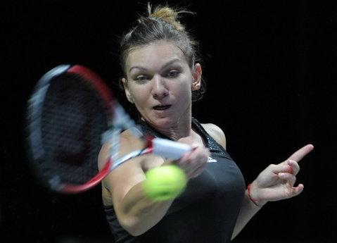 Simona Halep a dat statistica peste cap la Turneul Campioanelor: nu mai câştigase niciun set în faţa unei jucătoare din Top 3