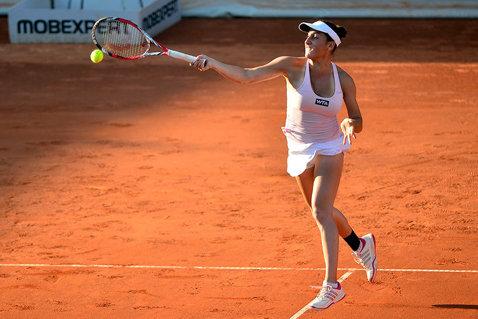 Cristina Dinu s-a calificat în sferturile turneului din Antalya