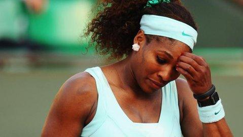 Serena Williams, victorie în thriller. Sportiva din SUA a salvat trei mingi de meci, înainte să treacă de Azarenka
