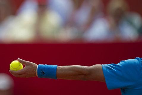 """Rezultatul zilei în calificările turneului de la Roland Garros. Scor de handbal pe tabelă şi un nou record la Paris, pentru cel mai lung set: 52 de game-uri în decisiv. Francezii n-au noroc în """"maratoane"""""""