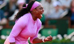 Scene incredibile | Serena Williams şi Victoria  Azarenka nu şi-au putut stăpânii nervii. Gestul care a scos-o din minţi pe americancă | VIDEO