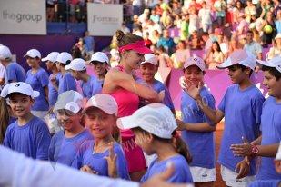 """PR SAU SINCERITATE? Simona Halep, surprinzător mesaj de pace pentru români. Jucătoarea de tenis încearcă să repare relaţia cu fanii şi anunţă că """"I am powered by Romania"""""""