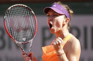 Ce şansă imensă! Simona Halep poate ataca locul 1 WTA la începutul anului 2016, chiar şi cu Serena Williams în teren. Ultimele două turnee la care va participa reprezentanta României capătă alte valori