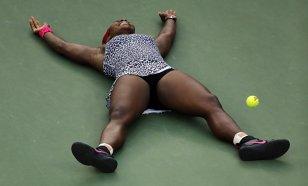ANALIZĂ | Încheiere prematură a sezonului 2015 şi senzaţia de deja-vu în cariera Serenei Williams: a şasea retragere de la Turneul Campionilor. 2006, precedentul periculos pentru liderul mondial: depresia a doborât-o