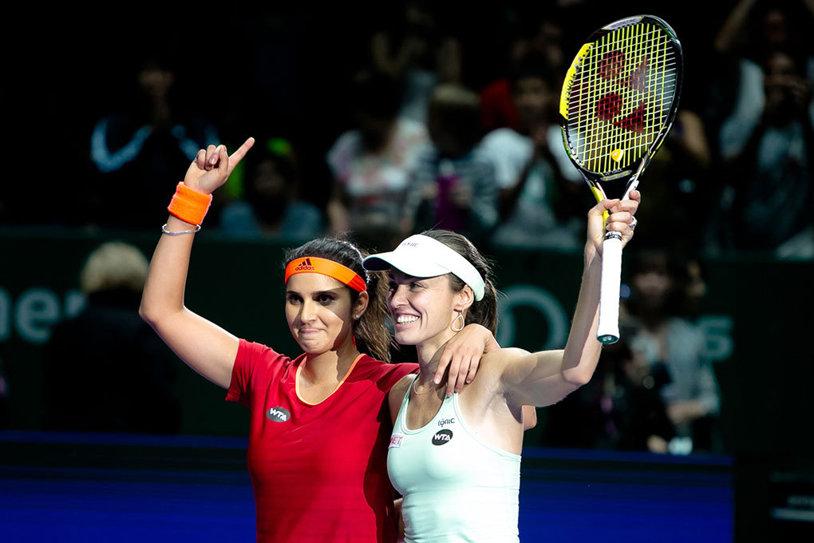 Din nou campioane! Martina Hingis şi Sania Mirza s-au impus şi la Australian Open şi mai au un singur pas până la Marele Şlem