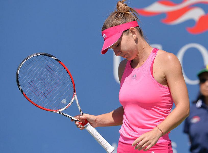 """Simona Halep, afectată de înfrângerea cu Ana Ivanovic: """"Am jucat bine... Mi-e necaz că am pierdut"""""""