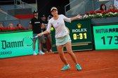 Irina Begu a obţinut una dintre cele mai mari victorii ale carierei! Românca a învins-o pe Garbine Muguruza şi s-a calificat în optimi la Madrid