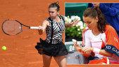 """Halep şi Radwanska, atac dur la adresa organizatorilor Roland Garros: """"Cum poţi să faci asta!?"""" /  """"Nu le pasă de jucătoare!"""" Reacţii nervoase după ce cele două favorite au fost eliminate"""