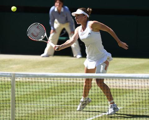 Trei românce debutează luni la Wimbledon. S-au stabilir orele la care joacă Halep, Begu şi Ţig