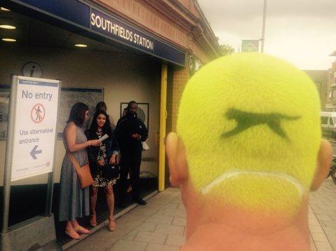 IMAGINEA ZILEI   A început Wimbledon şi fanii au numai tenis în cap!