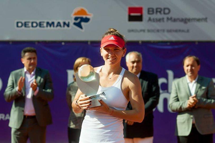 FANTASTIC: Halep a câştigat finala de la BRD Bucharest Open fără să piardă vreun game! Simona le-a dedicat fanilor titlul cu numărul 13
