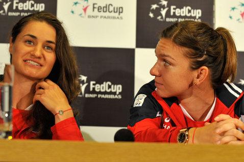 Simona Halep şi Monica Niculescu s-au calificat în sferturi la Montreal, în proba de dublu