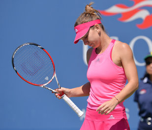 Simona, fără replică în faţa unei jucătoare aflate în zi de graţie! Halep a fost învinsă de Kvitova în semifinale la Wuhan, scor 6-1, 6-2