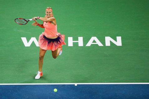 Petra Kvitova, irezistibilă la Wuhan. Cehoaica a repetat scenariul cu Halep din semifinale şi în finala cu Cibulkova