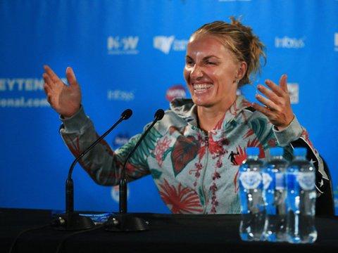 Svetlana Kuznetsova a învins-o pe Karolina Pliskova în grupa albă a Turneului Campioanelor