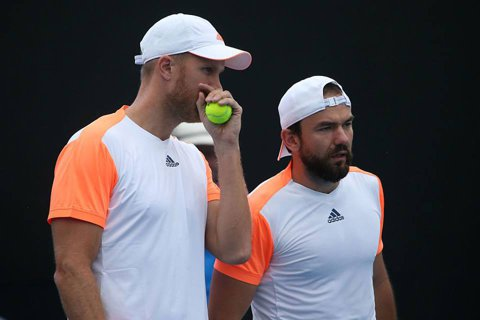 Mergea şi Tecău, OUT de la Australian Open! Florin a ratat trei mingi de meci contra favoriţilor principali, Horia a pierdut în faţa unor australieni anonimi