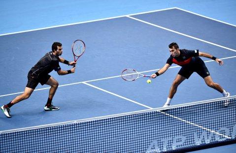 Horia Tecău şi Jean-Julien Rojer au fost eliminaţi dramatic în optimile de finală ale turneului de la Miami