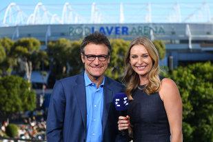 Maraton pe zgură: Eurosport transmite 250 de ore de tenis în direct pe durata turneului de la Roland Garros. Cine sunt experţii postului TV în acest an