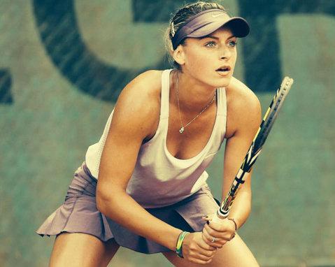 Ana Bogdan, a doua victorie în calificările de la Roland Garros. Meci de totul sau nimic pentru un loc pe tablou cu franţuzoaica Razzano, eroina care a bătut-o în 2012 pe Serena, cu crampe, în numele logodnicului răpus la 32 de ani, de boală