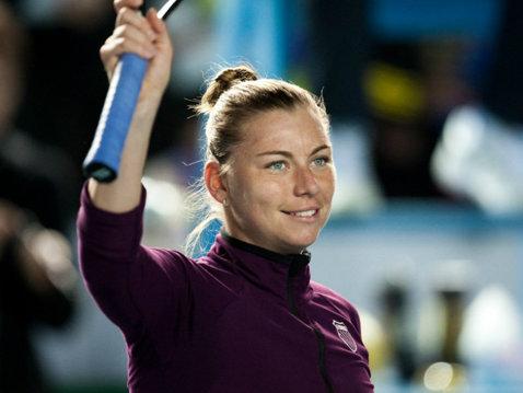 O mai ştiţi pe Vera Zvonareva? Fosta ocupantă a locului 2 mondial s-a întors în tenis după ce a devenit mamă şi a stabilit un record absolut în Era Open. Cât a durat meciul câştigat cu 6-0, 6-0