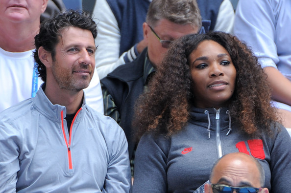 """Antrenorul Serenei Williams râde de Maria Şarapova cu gura până la urechi: """"Asta e cea mai bună veste pentru ea! Serena a bătut-o tot timpul"""". """"The Coach"""" a argumentat de ce rusoaica e invitată la marile turnee"""