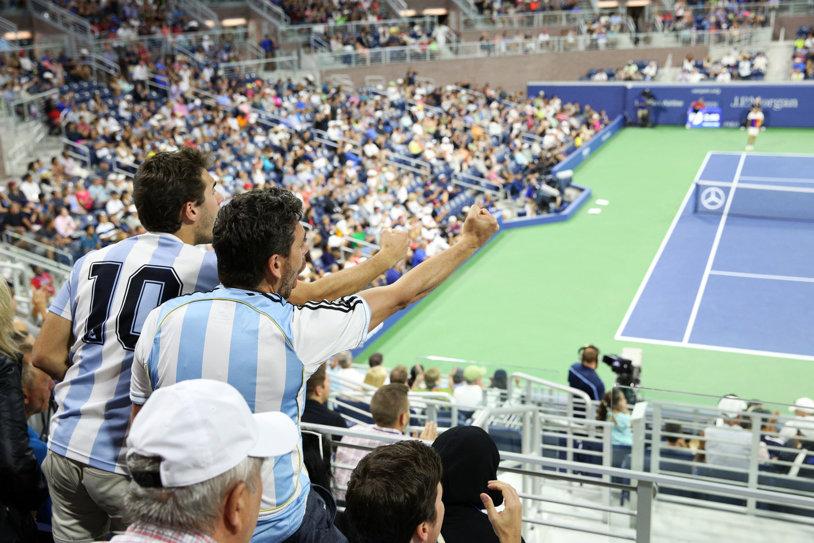 TOP 10 | Cele mai mari arene de tenis: aici se pot bucura cei mai mulţi fani de spectacolul campionilor. Centralul de la Wimbledon nu se află între primele cinci