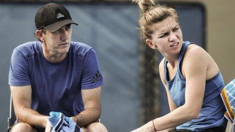 """Aşa a bătut-o Halep pe Şarapova! Darren Cahill dezvăluie secrete din munca nevăzută a antrenorului de tenis: """"Am făcut print-screen-uri cu direcţia fiecărui serviciu doi trimis de Simona"""""""