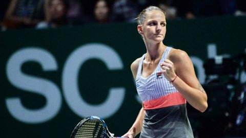 Meciul de deschidere al Turneului Campioanelor a fost fără istoric! Karolina Pliskova i-a lăsat doar 4 game-uri veteranei Venus Williams